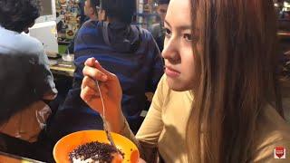 Video Baby Shima jalan di Malang Indonesia Part 2 - cuba makan ketan MP3, 3GP, MP4, WEBM, AVI, FLV Oktober 2018