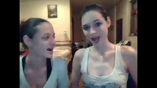 Crazy Singing Girl Lesbians
