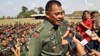 Video (23/9/14)Pasca penembakan anggota TNI, Kasad motivasi Prajurit YONIF 134/TS DI BATAM MP3, 3GP, MP4, WEBM, AVI, FLV September 2019