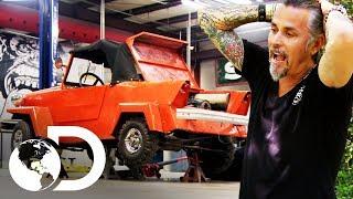 Vendiendo autos de una casa abandonada   El dúo mecánico   Discovery Latinoamérica