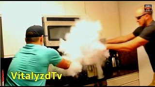 What will Happen if You Drop Dry Ice in the Boiled Water?