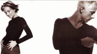 Primer sencillo del álbum Esperanto de 1998.