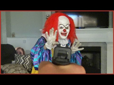 Video Scary Clown Invading Our House (SKIT) download in MP3, 3GP, MP4, WEBM, AVI, FLV January 2017