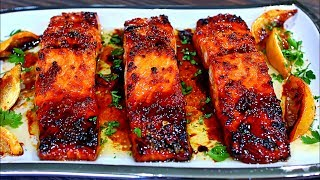 Easy Salmon recipe that is SUPER delicious ! This honey garlic salmon recipe is one of my favorite salmon recipes, it is soo good!! The salmon is glazed in a delicious browned butter honey garlic sauce, that is sweet with some tang... Make this salmon recipe a must try for an easy weeknight dinner INGREDIENTS 1 and half pounds to 2 pounds Salmon filets 4 Tbs Salted butter 3 cloves minced garlic juice of half a lemon (about 2 Tbs)1/4 cup honey  lemon wedges  SUBSCRIBE!!!