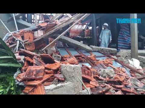 Tôn Đông Á trao tặng 25.000m2 tôn cho đồng bào vùng bão