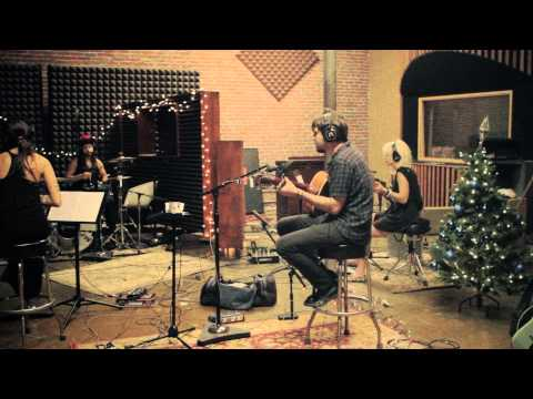 A Very Merry Perri Christmas: The Making of the EP