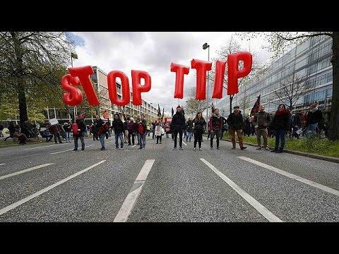 Γερμανία: Μαζικές κινητοποιήσεις πριν την άφιξη Ομπάμα