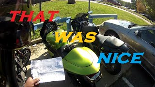 This nice motorcyclist left me a note. Follow me on Social Media: http://instagram.com/djmotovlogs http://facebook.com/djmotovlogs Thank you so much for watc...