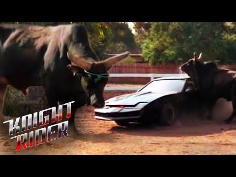 KITT Plays Matador | Knight Rider