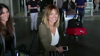 Video EXCLUSIVE: Caroline Receveur arriving at Cannes airport for the festival MP3, 3GP, MP4, WEBM, AVI, FLV Oktober 2017