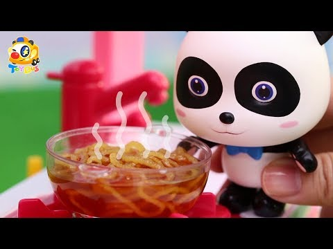 Panda Kiki and Miumiu's Noodle Cooking Competition | Play Dough for Kids | Kids Toys | ToyBus (видео)