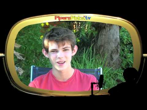 PIRATES OF THE CARIBBEAN Interview CABIN BOY ROBBIE KAY w/PIPER REESE! (PQP #074)