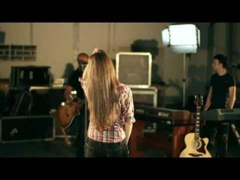 "Vídeo oficial da música 'Vem Camila"", de Rick Sollo"