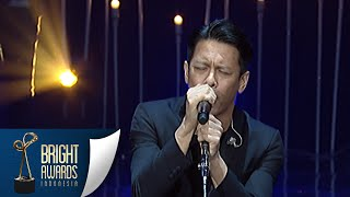 Video Kerennya Noah Dengan Lagu 'Yang Terlupakan' [Bright Awards] [8 Maret 2016] MP3, 3GP, MP4, WEBM, AVI, FLV Desember 2017