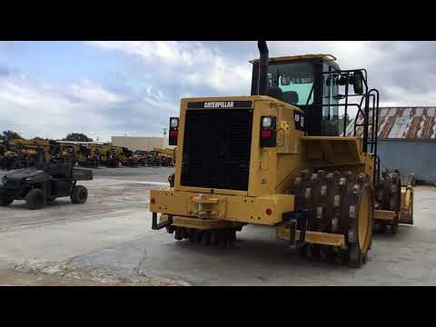 CATERPILLAR COMPACTEURS 815F2 equipment video NhVLhGRC488