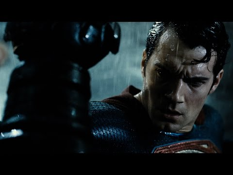 Batman v Superman: Dawn of Justice (Final Trailer)
