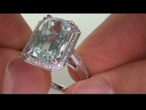 Desperate Housewife Sells her prized Aquamarine & Diamond Cocktail Ring