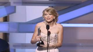 Taylor Swift Wins New Female Vocalist - ACM Awards 2008