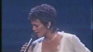 Whitney Houston - Aint No Way (Live) - YouTube