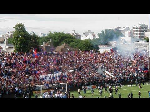 Tigre campeón y delirio de la gente en Saavedra - 27/11/2004 - En tu cara y en tu cancha - La Barra Del Matador - Tigre