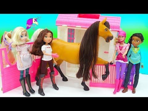 Giant Spirit Riding Free Lucky Feeding Horse Set with Pru, Abigail  Barbie Dolls