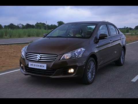 Maruti Suzuki Ciaz Driven | Video Review | Styling, Features, Boot Space | ZEEGNITION