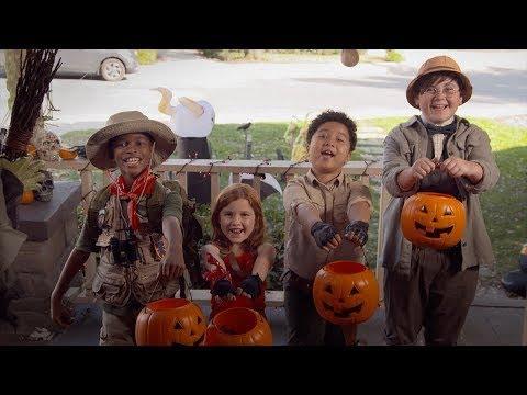 JUMANJI: THE NEXT LEVEL - Happy Halloween... IN REVERSE!