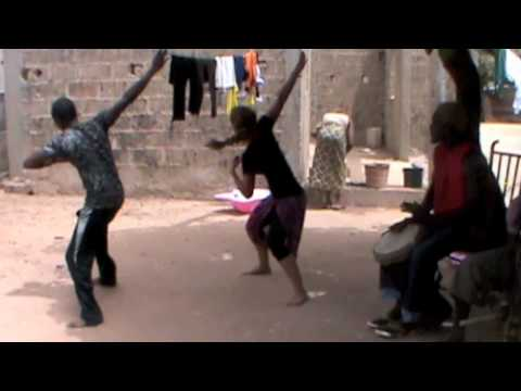 tamala - Dance class with Fiston Bangoura from Tamala. Rhythms: Bajarh & Sinté Solo-Djembe: M. Bangoura Faama Tamala is an African cultural performance group located ...