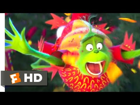 The Grinch (2018) - Lighting Whoville's Tree Scene (3/10) | Movieclips