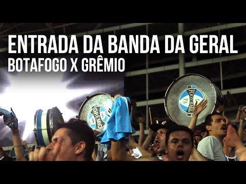 Entrada da banda da Geral no Engenhão - Libertadores 2017 - Geral do Grêmio - Grêmio