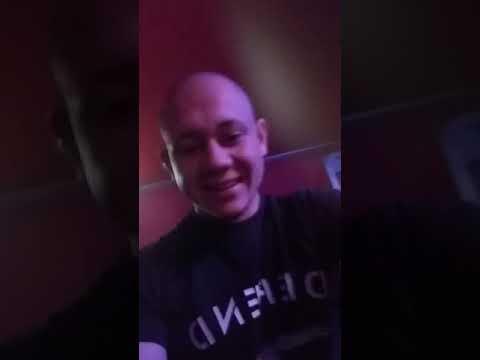 Вижте ВИДЕО от запоя довел до убийството на Валери в Кюстендил! 19-годишният Алекс стиска ръце в юмруци, докато танцува и пие!