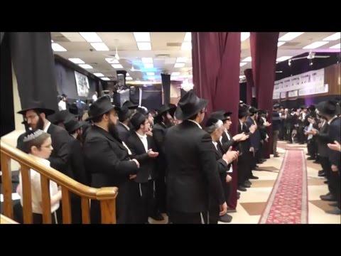 תפילת ערבית בכינוס לישראלים ו&#039 ניסן