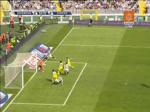 Luciano jugando contra la Juventus
