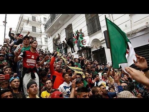 Algerien: Neue Proteste - ein 18-Jähriger ist gest ...