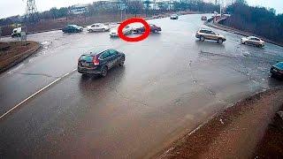 28.12.2014 в туле водитель мерседеса сбил женщину