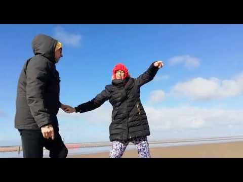 Chris & Rachel - Sandy Sabotage!