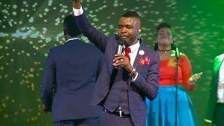 Video Takesure Zamar Ncube - Ngidinga Wena MP3, 3GP, MP4, WEBM, AVI, FLV Juli 2018