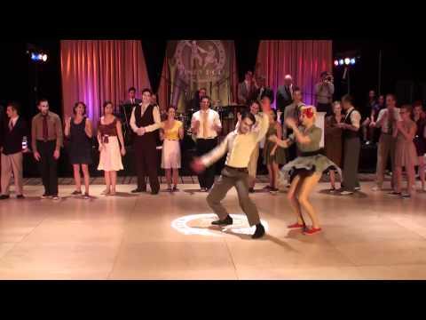 Freizeitaktivitäten für Paare   Lindy Hop lernen
