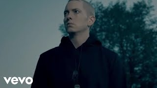 Eminem - Survival (Explicit) lyrics (Portuguese translation). | This is survival of the fittest