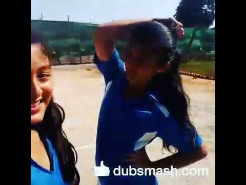 Video Dubsmash - Shruti Bisht and Arishfa Khan download in MP3, 3GP, MP4, WEBM, AVI, FLV January 2017