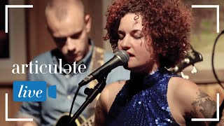 """Carsie Blanton and her band perform a stripped down version of her single, """"Hot Night."""""""