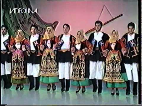 Tenore Antonia Mesina e Gruppo Folk Orgosolo Bellas Barbaricinas (Ballu Tundu)
