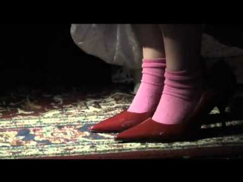 Art - Mummy's Favourite Shoes (2007)