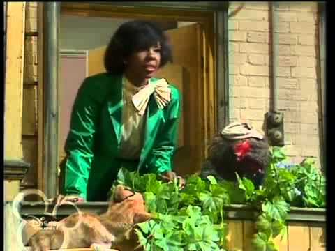 The Muppet Show - Gladys Knight (1980)