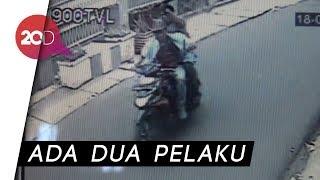 Video Aksi Perampok Bersenjata Tajam Terekam CCTV MP3, 3GP, MP4, WEBM, AVI, FLV Agustus 2018