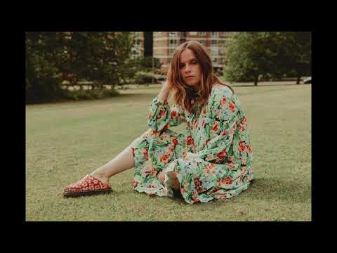 Gabrielle Aplin - Magic (Official Audio)