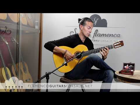 Hermanos Conde 1976 flamenco guitar for sale played by Alberto Fernández