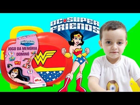 Jogos de meninas - Mulher Maravilha Maleta de Jogos Brincando MENINOS VS MENINAS DC Super Friends