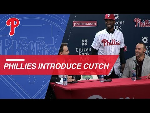 Video: Phillies introduce outfielder Andrew McCutchen