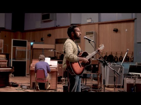 Yesterday - Live at Abbey Road Studios (Himesh Patel)?>